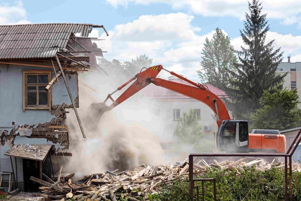 古い家を解体
