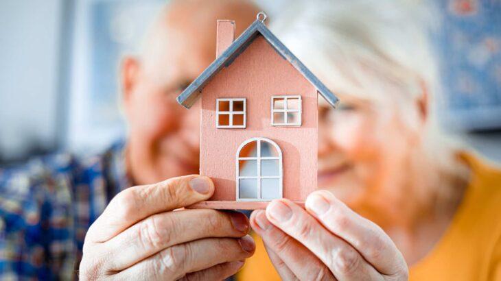 人生100年時代の超高齢社会における住まいの課題と対策とは