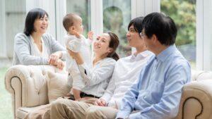 3世代で同居する家族
